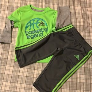 Adidas 2 piece outfit. Size 12 months